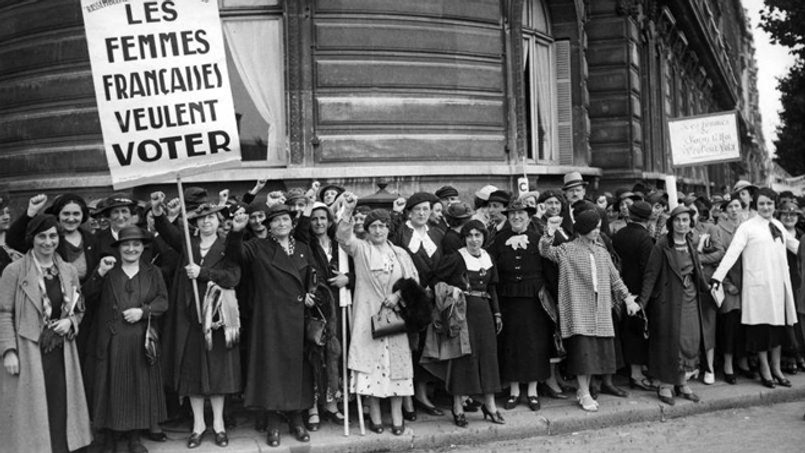 femmes dans la societe francaise