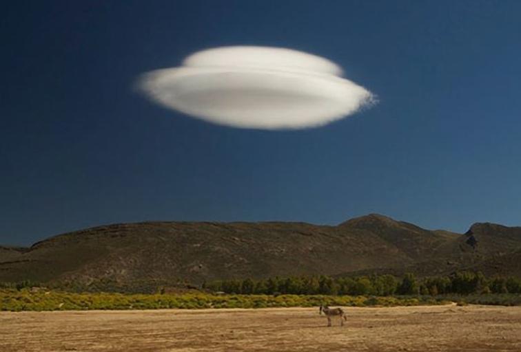 Lenticular Cloud in New Zealand