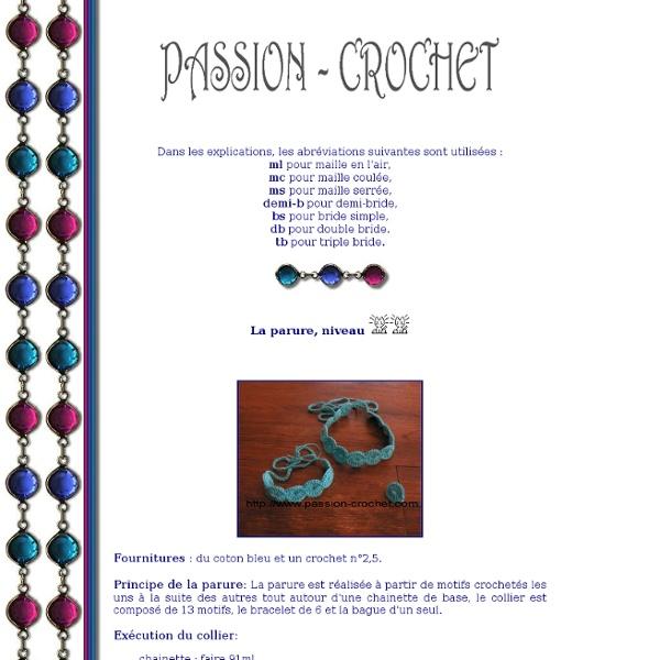 Parure collier, bracelet et bague au crochet