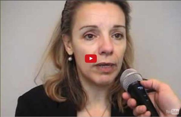 Divina Frau-Meigs : le libre accès en ligne des connaissances modifie le rôle de l'enseignant.