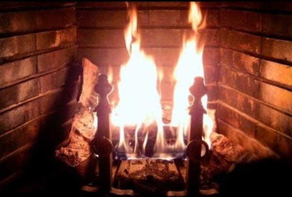 Très Beau Feu de Cheminée et Crépitement des Flammes - Ambiance Relaxation Etude Sommeil HD-1080P