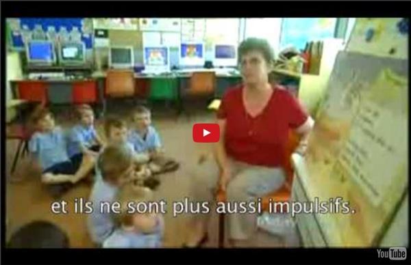 Les enfants : tubes à essai sur pattes