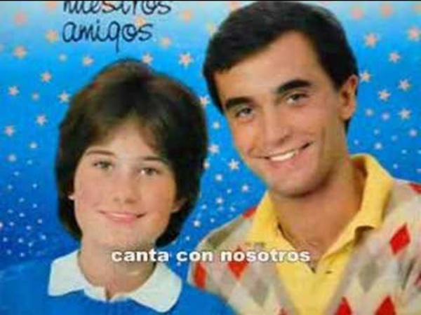 42- Enrique y Ana - LA CANCION DE LOS PLANETAS - Karaoke