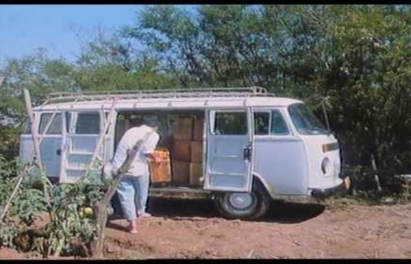 L' île aux fleurs de Jorge Furtado (1989)