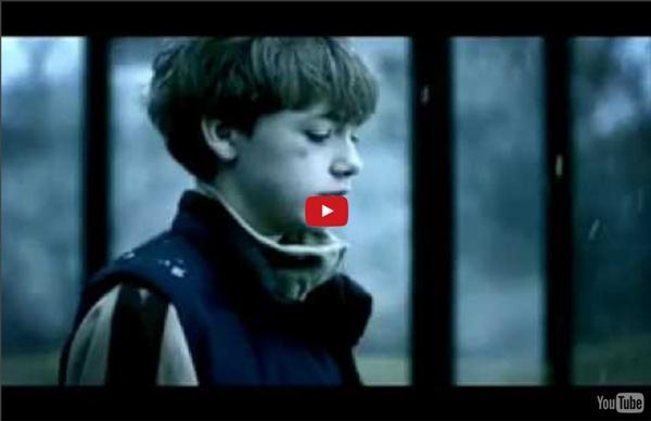 Friends reklamfilm - Hårda Ord