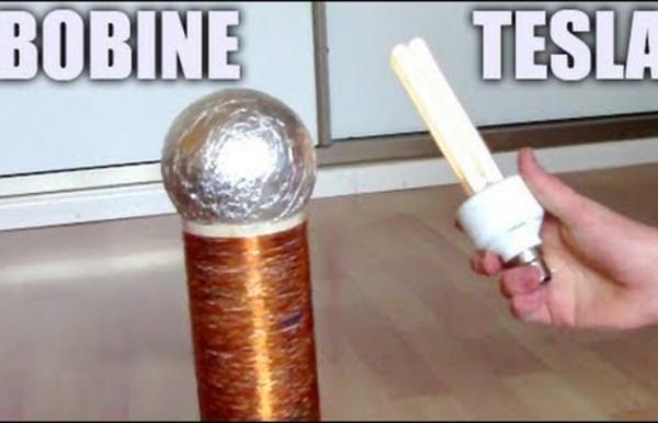 Tesla Coil : Incroyables Expériences [68] Bobine Tesla / Générateur haute tension THT / Homemade DIY