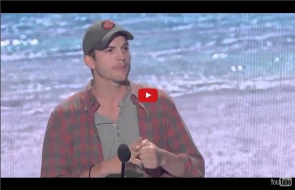 Ashton Kutcher Acceptance Speech - Teen Choice Awards 2013 (High Quality)