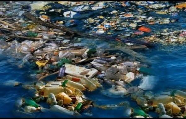 Le continent plastique