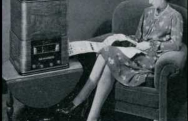 (558) Radio-Londres - Les Français parlent aux Français - Honneur & Patrie - c.1943
