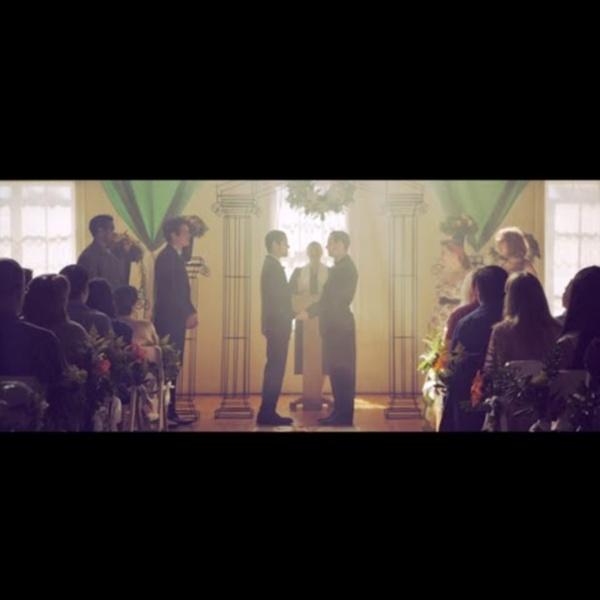 MACKLEMORE & RYAN LEWIS - SAME LOVE feat. MARY LAMBERT (OFFICIAL VIDEO)