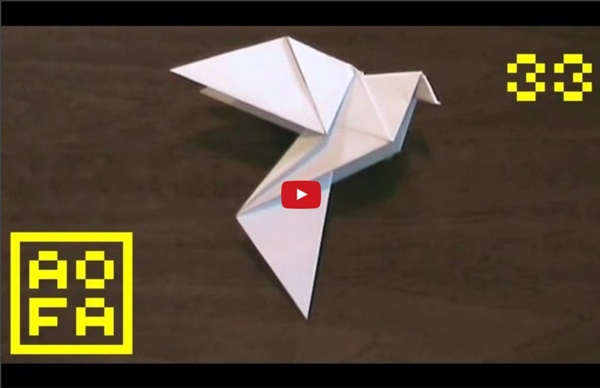 How to make an Origami Dove for Easter / Peace Day (by Alice Gray) ...for all (33)