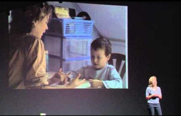 TEDxParis - Lydie LAURENT Les stratégies cognitivo-comportementales face à l'autisme