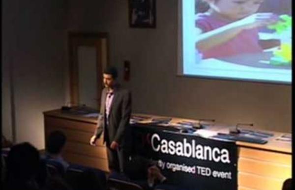 TEDxCasablanca - Faysal Hafidi - 5 qualités qui font échouer à l'école mais réussir dans la vie