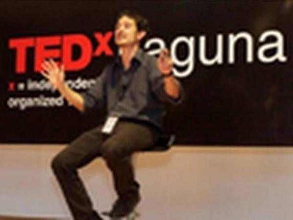 TEDxLaguna - Cristobal Cobo - Aprendizaje invisible: ¿Cómo aprender a pesar de la escuela?