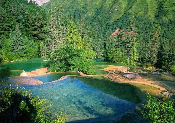 Wudalianchi-National-Park02.jpg (JPEG Image, 1024x722 pixels) - Scaled (72%)