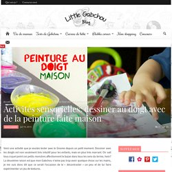 Activités sensorielles: dessiner au doigt avec de la peinture faite maison