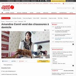 Amandine Cornil vend des chaussures à domicile