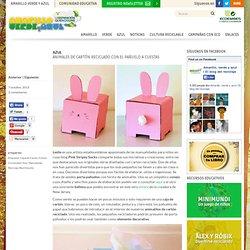 Animales de cartón reciclado con el pañuelo a cuestas