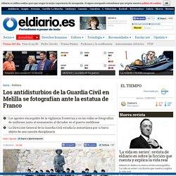 Los antidisturbios de la Guardia Civil en Melilla se fotografían ante la estatua de Franco
