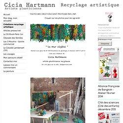 Créations recyclage artistique - Cicia Hartmann, Upcycling, Recyclage artistique, Bouchon plastique, Plasticienne, Eco design, fleurs en bouchons plastique recyclés, le plastique, plastic caps, cité des sciences