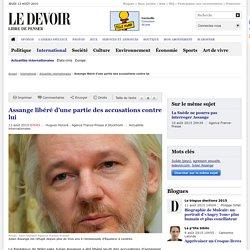 Assange libéré d'une partie des accusations contre lui