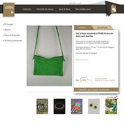 Sac à main aumonière OPHELIE en cuir daim vert menthe - Les petits carnets