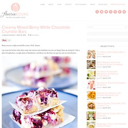 Creamy Mixed Berry White Chocolate Crumble Bars
