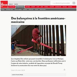 Des balançoires à la frontière américano-mexicaine