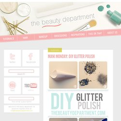 MANI MONDAY: DIY GLITTER POLISH