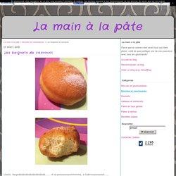 Les beignets de carnaval - La main à la pâte