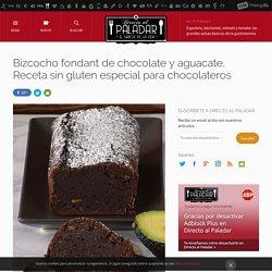 Bizcocho fondant de chocolate y aguacate. Receta de postre fácil y sencilla