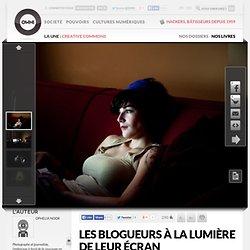 Les blogueurs à la lumière de leur écran