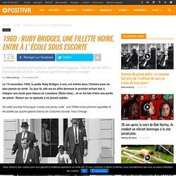 1960 : Ruby Bridges, une fillette noire, entre à l'école sous escorte