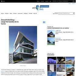 Smooth Building / Jorge Hernandez de la Garza