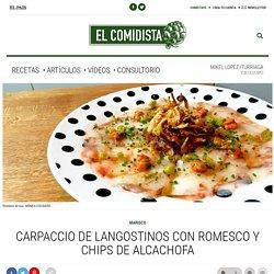 Carpaccio de langostinos con romesco y chips de alcachofa