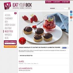 Choux chocolat et chutney de fraises à la menthe poivrée
