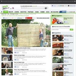 Clôturer sa cours avec des panneaux en bois