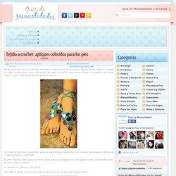 Tejido a crochet: apliques coloridos para los pies