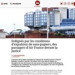 Indignés par les conditions d'expulsion de sans-papiers, des passagers d'Air France devant la justice