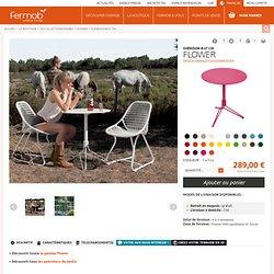 Guéridon Flower Fermob contemporain 2 personnes en fer et en couleur. Design Harald Guggenbichler.