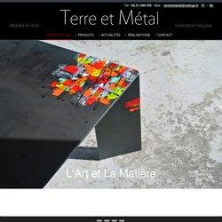 Mobilier Design - Pièce unique - table - chaise - console - décoration intérieure - Acier brossé ou vernis