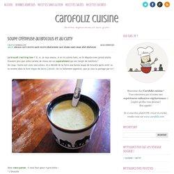 Soupe crémeuse au brocolis et au curry