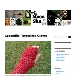 Crocodile Fingerless Gloves – Muttix