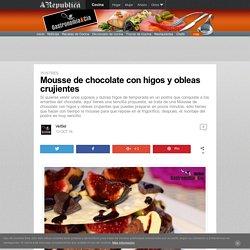 Mousse de chocolate con higos y obleas crujientes