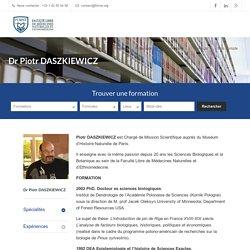 Dr Piotr DASZKIEWICZ