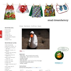 Free Pattern Softie Swan