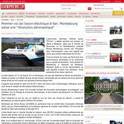 """Premier vol de l'avion électrique E-fan: Montebourg salue une """"révolution aéronautique"""" - 25/04/2014"""