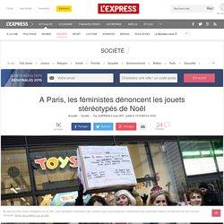 A Paris, les féministes dénoncent les jouets stéréotypés de Noël