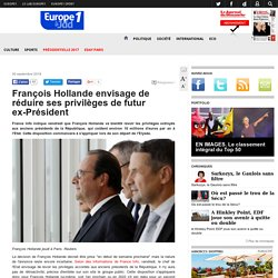 François Hollande envisage de réduire ses privilèges de futur ex-Président