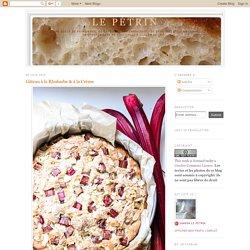 Gâteau à la Rhubarbe & à la Crème